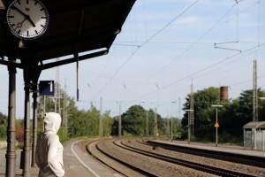 railway-station-959124_640